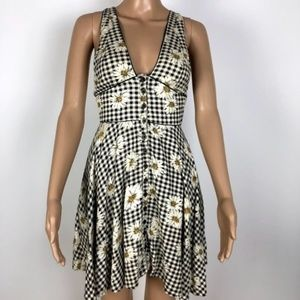Cooperative Gingham and Daisy Low Cut Sundress S